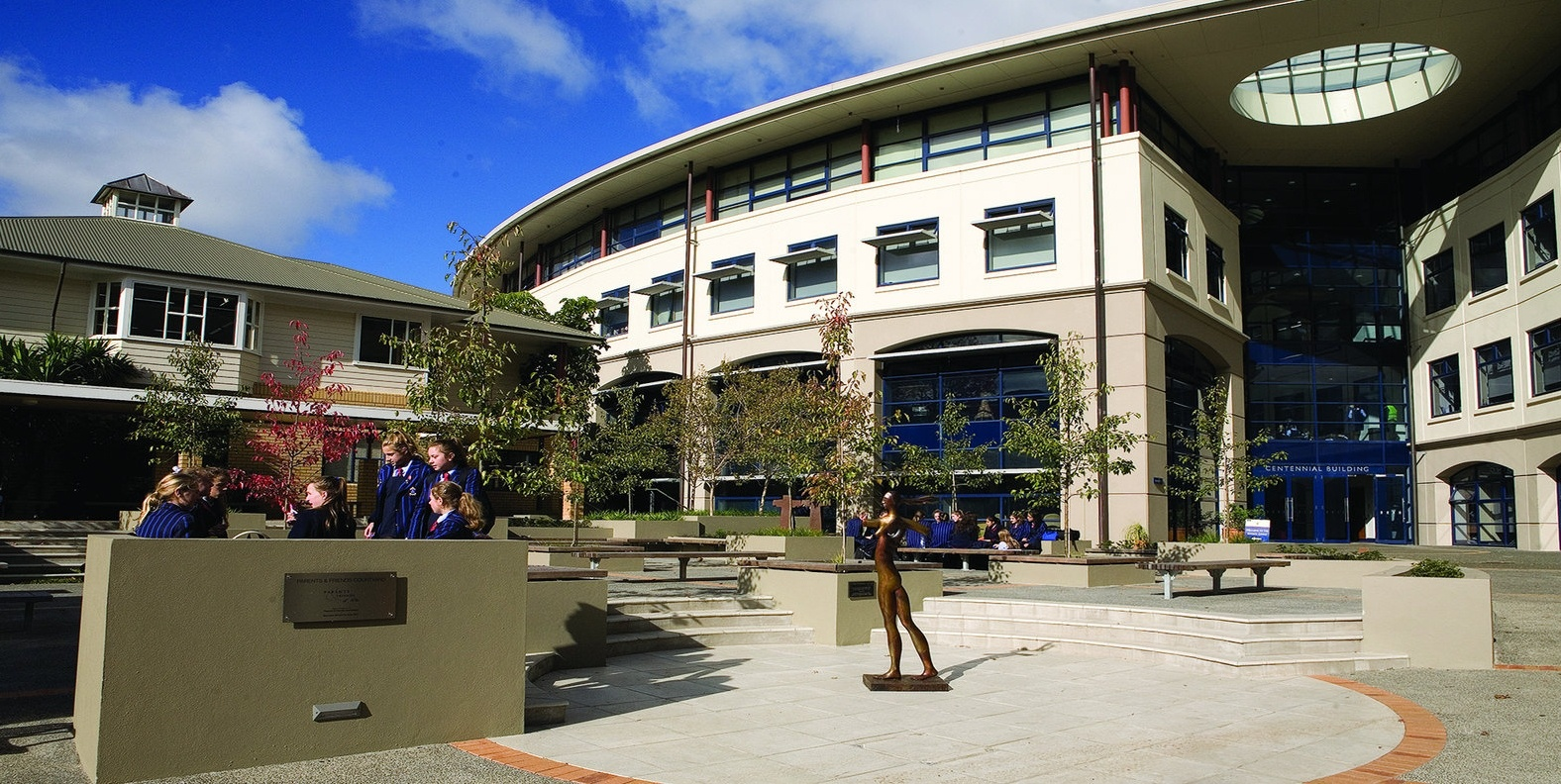 Centennial Building is home to our academic and administration offices , the main library,  our Wharenui, Careers, Centre for the Enhancement of Learning , and teaching and learning spaces for our Junior High and Senior School students..